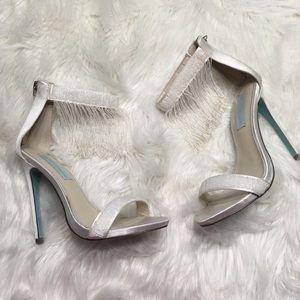 Betsey Johnson ivory tassel style evening sandals